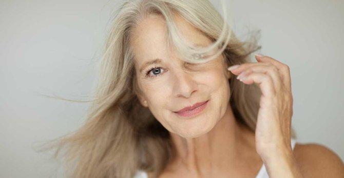 Menopoz döneminde sıcak basmalar: Nedenleri, Belirtileri ve Bu Durumla Nasıl Başa Çıkabilirsiniz?